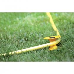 Transporter-kwiatek do węża ogrodowego - zabezpiecza ogród przed zniszczeniami - ITW
